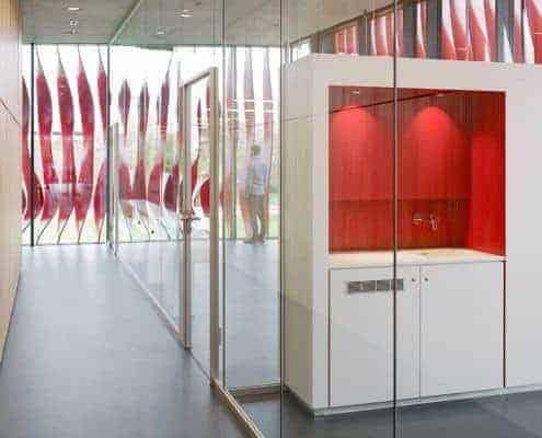 نظم تقسيم مكتب الزجاج