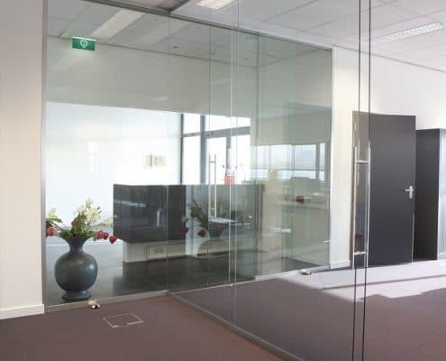 مكتب الرجل ، لوحة التقسيم